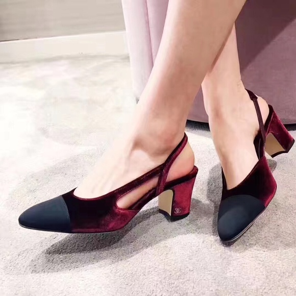 f4d7d5fdd60d New Chanel Burgundy Velvet Black Slingbacks 40